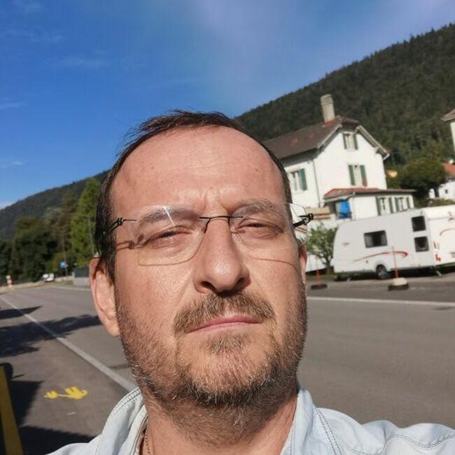 Robert Tombez